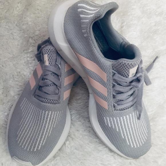 Adidas Womens Grey Pink Mesh Tennis